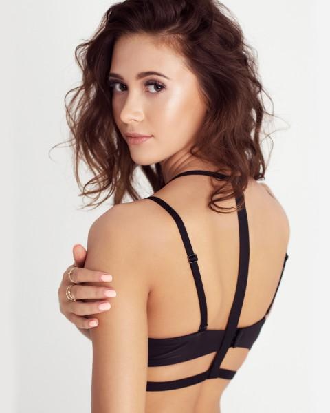emma // straps