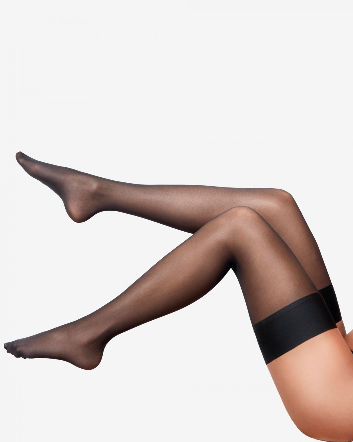 candice //  black self-supporting stockings