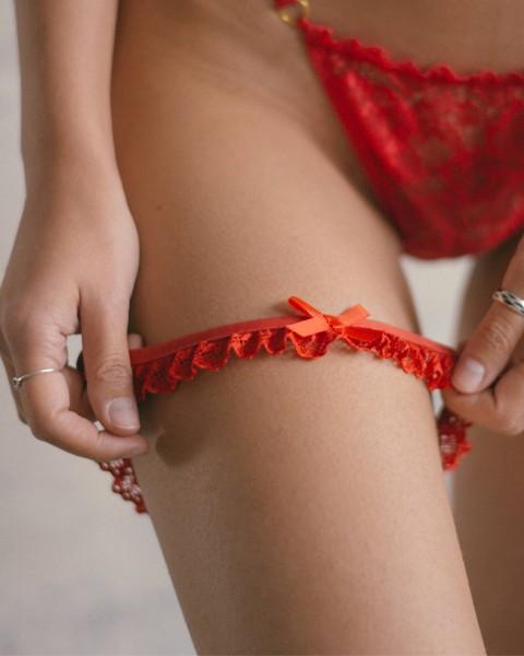 Valentina // garters