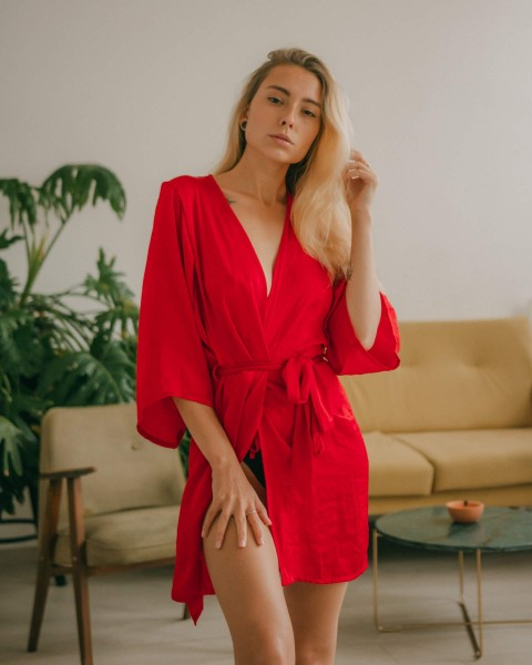 elle red // bathrobe